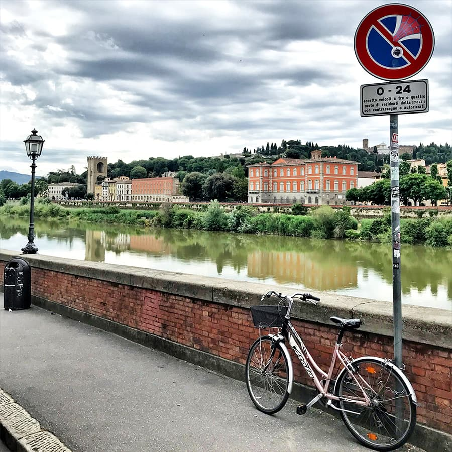 Living in Florence, Italy :: Lungarno delle Grazie