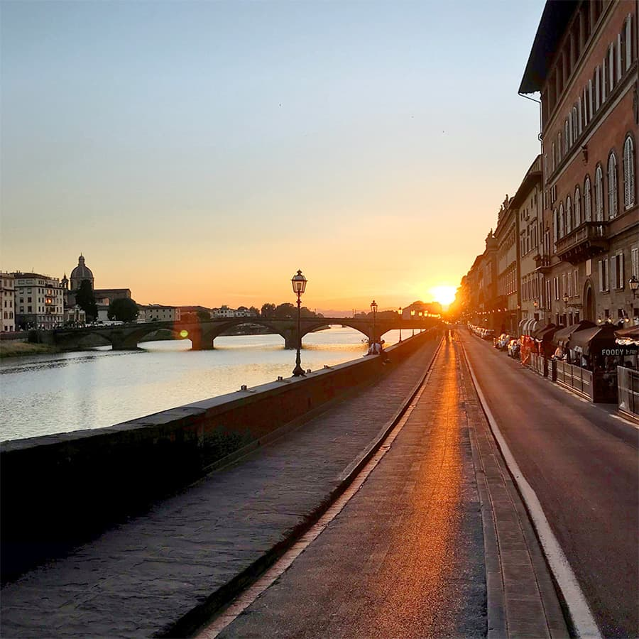 Living in Florence, Italy :: Sunset from Lungarno Corsini