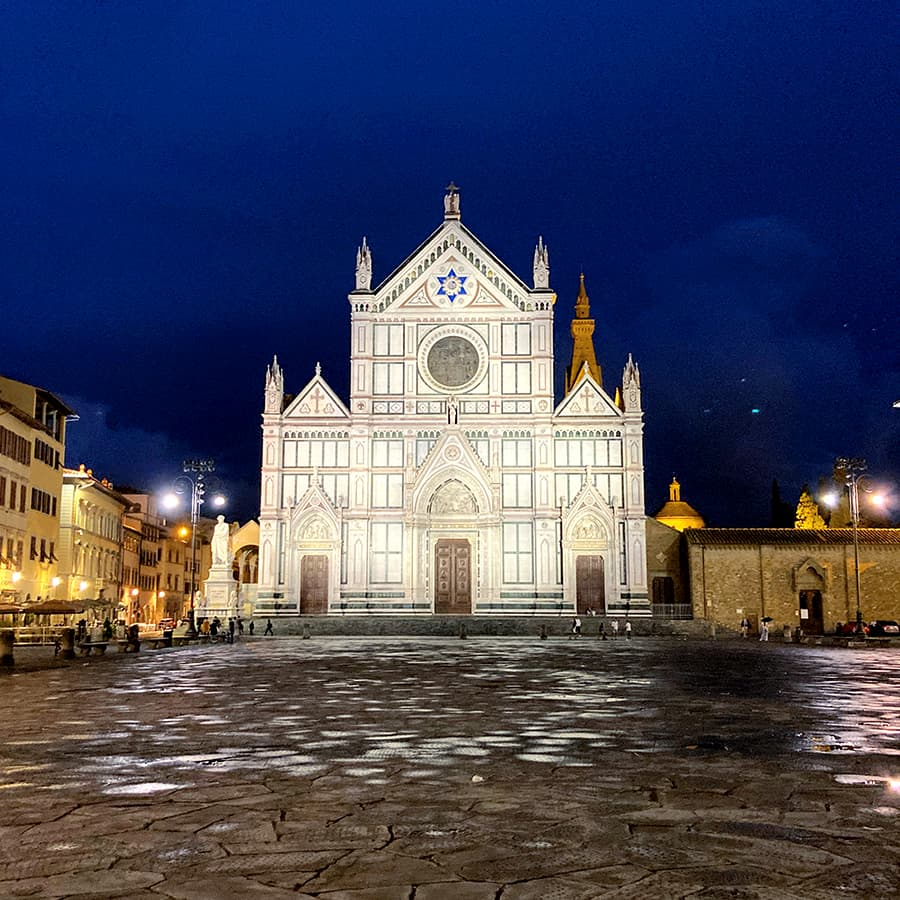 Living in Florence, Italy :: Piazza Santa Croce
