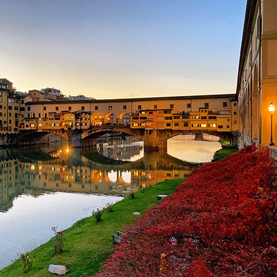 Living in Florence, Italy :: Lungarno Anna Maria Luisa de Medici
