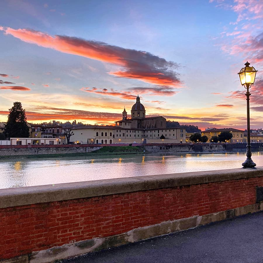 Living in Florence, Italy :: Lungarno Vespucci
