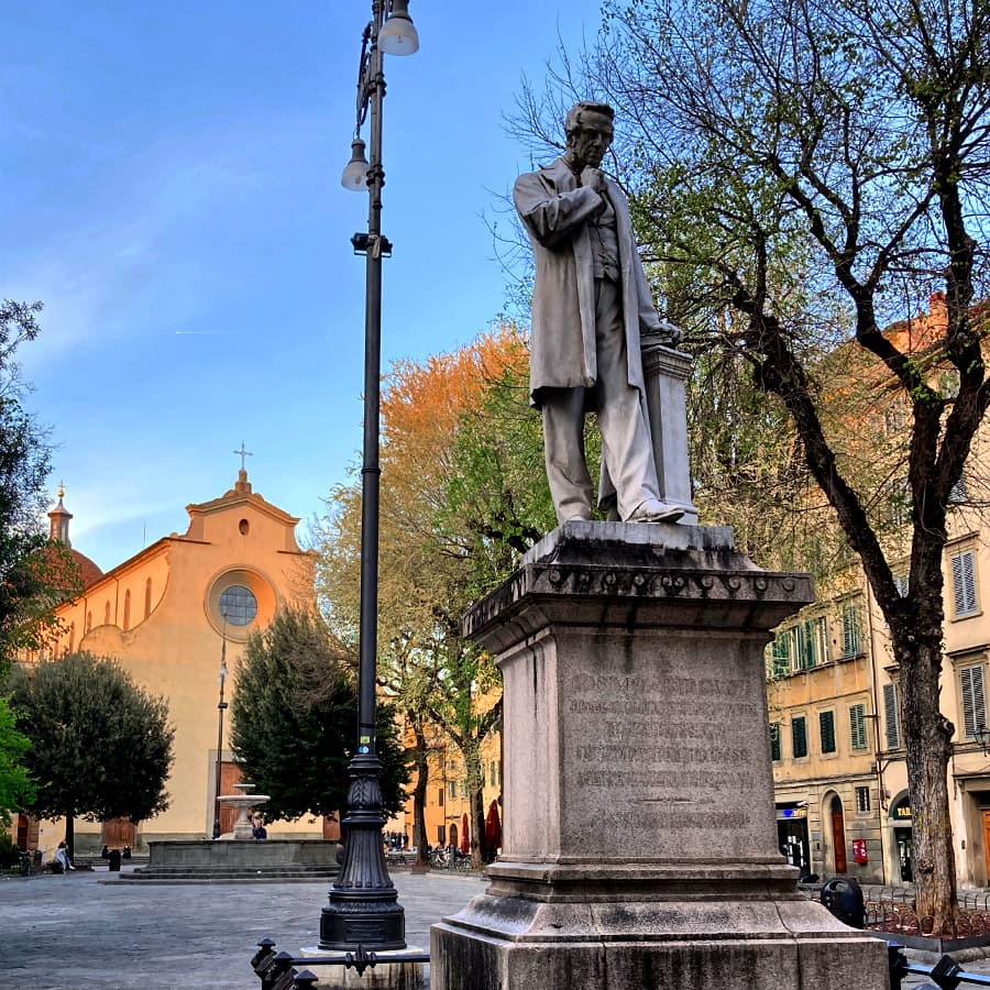 Living in Florence, Italy :: Piazza Santo Spirito