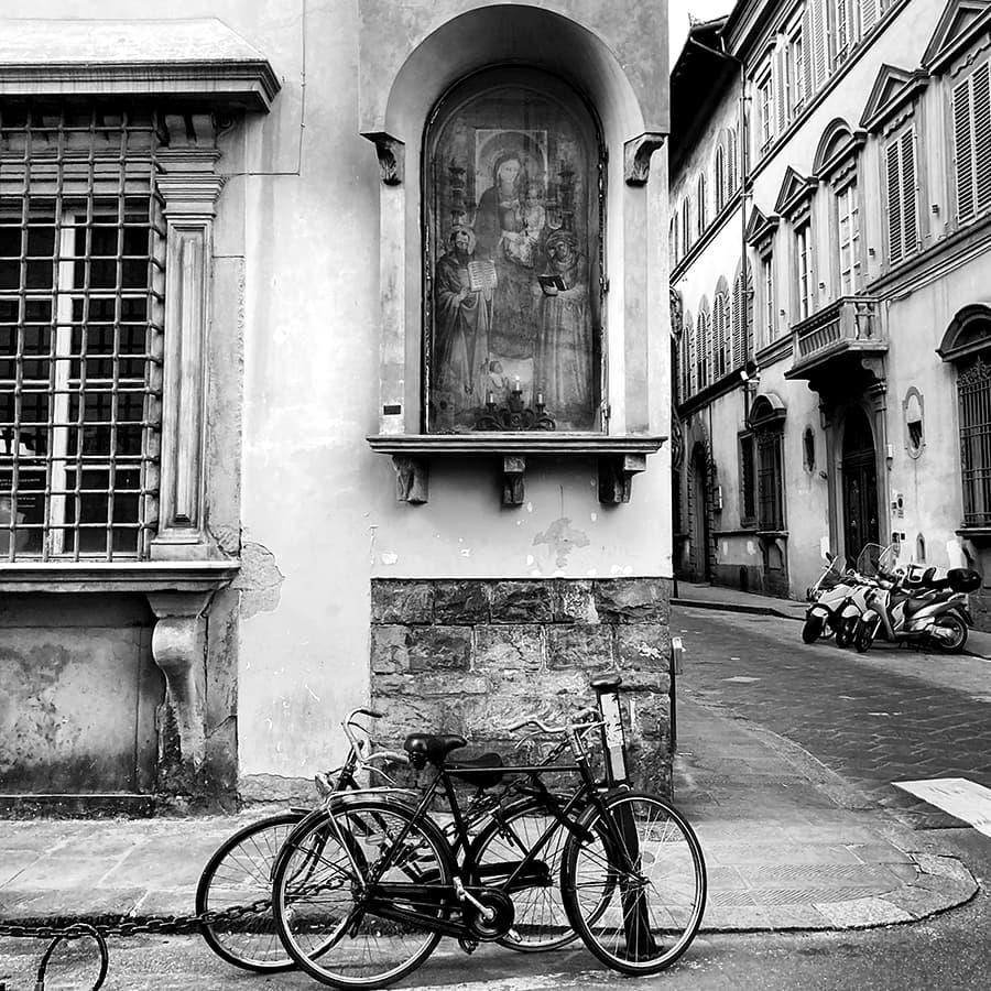 Living in Florence, Italy :: Via Santa Monaca