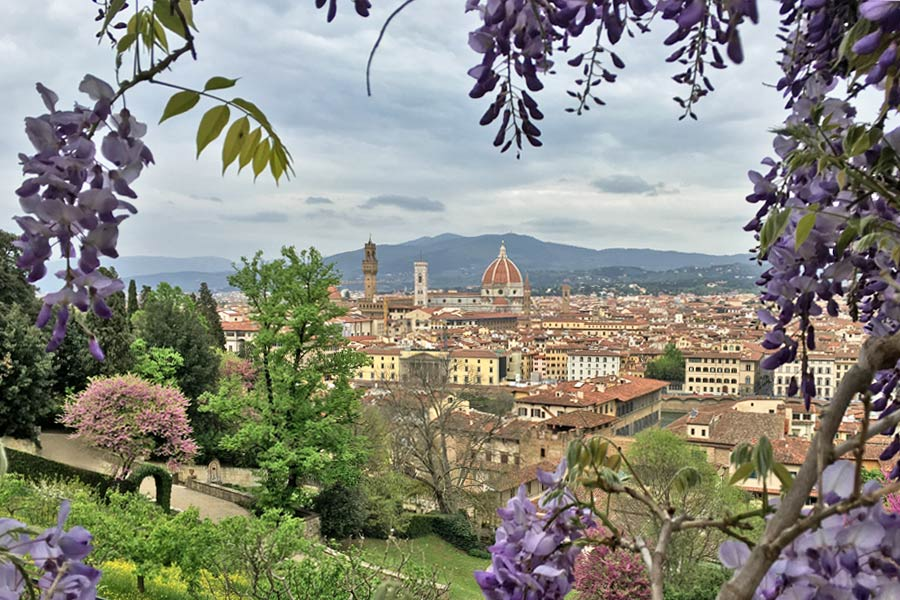 Living in Florence - Enjoying the gardens in Florence