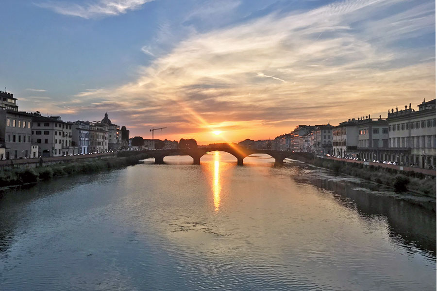 Living in Florence - Evolution of a sunset