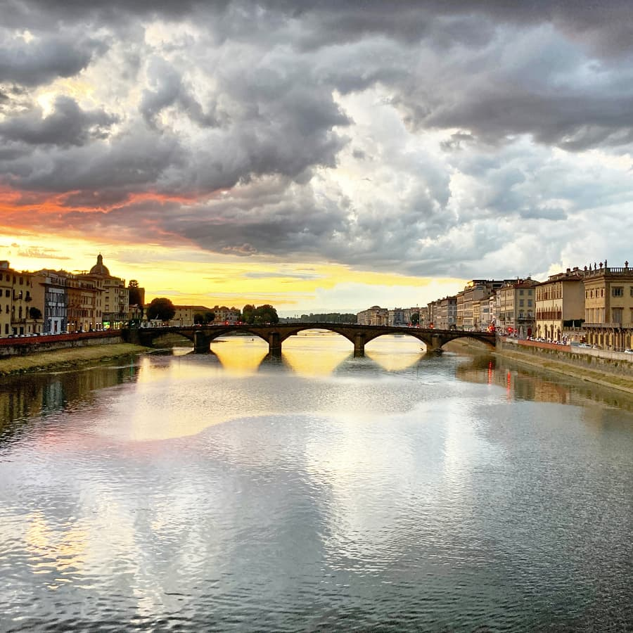 Living in Florence :: Pausing to perceive more beauty